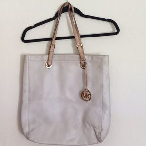 Michael Kors Large Beige Leather Shoulder Bag
